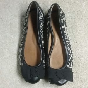 Unknown size Coach Flats